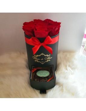 Box gourmande avec 8 roses...
